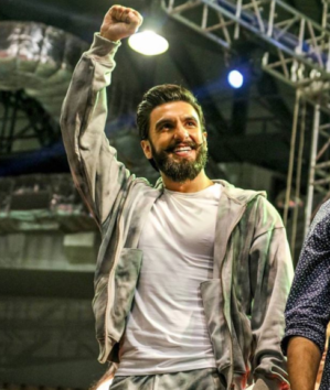 5 Crore For 15 Minutes Performance This Is How Much Ranveer Singh Is Getting Paid For His Performance In IPL 2018