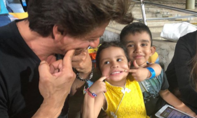No Loss For Shahrukh Khan As He Had A Gala Time With MS Dhoni's Daughter While Witnessing An Epic Encounter