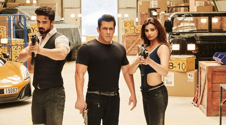 Ten 100 Crore Bollywood Films With The Lowest IMDb Ratings (9)