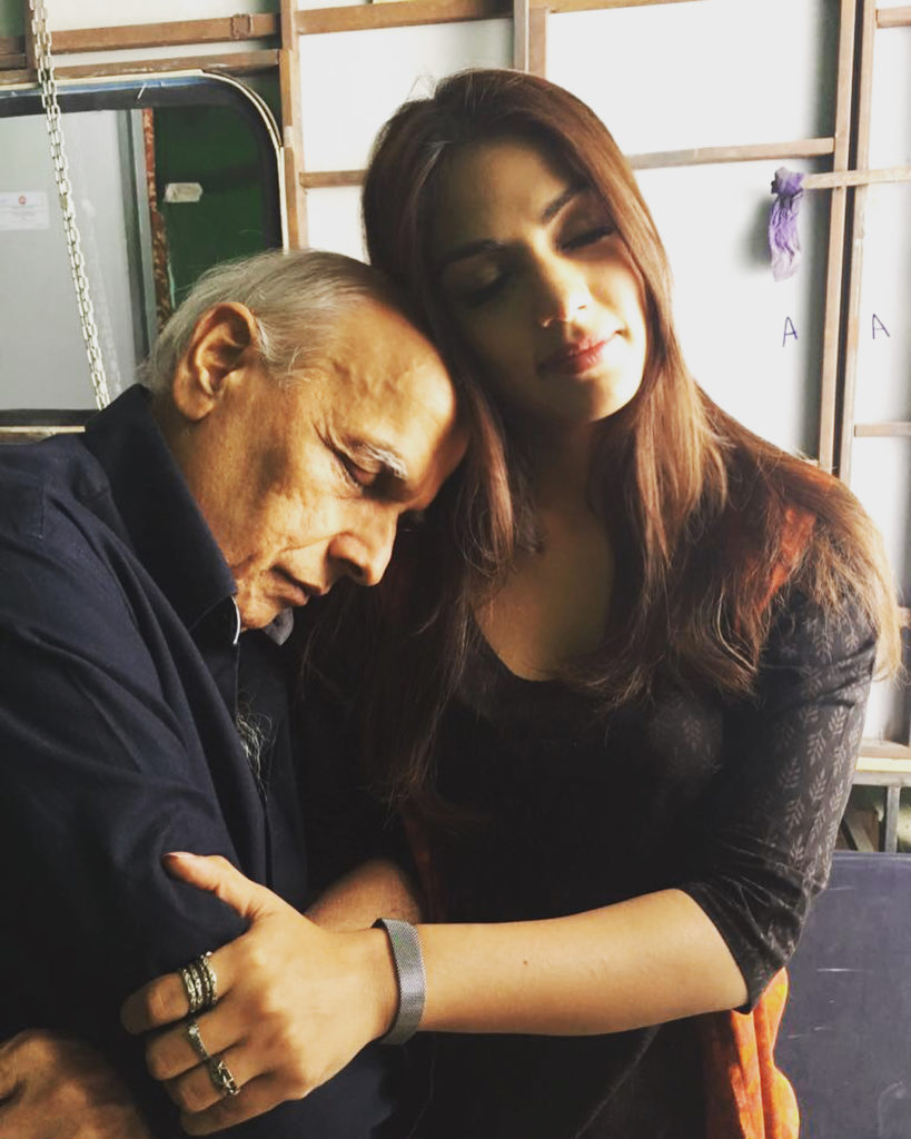 Rhea Chakraborty Gets Trolled For Sharing Cozy Pictures With Mahesh Bhatt (3)