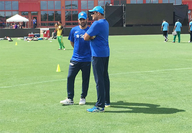 Anil Kumble Backs MS Dhoni, says India Can't Keep Depending On Him To Be The Finisher.
