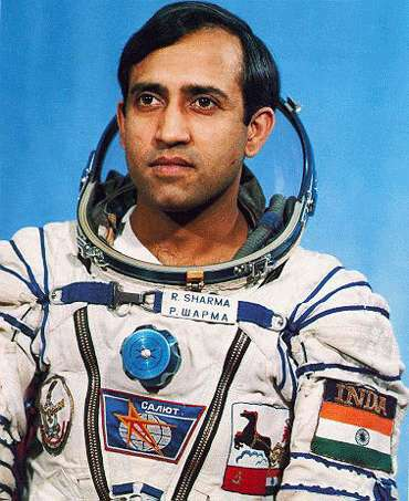 Confirmed Shahrukh Khan Will Play The Role Of Astronaut Rakesh Sharma In His Biopic Film 1