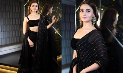 Courteously To All The Beautiful Ladies, Alia Bhatt Was The Best Dressed Celeb At Shahrukh Khan's Big Diwali Bash