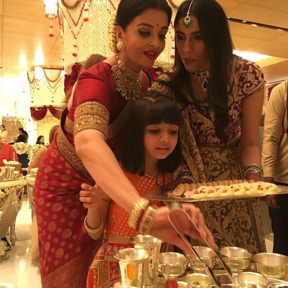 Mystery Solved! This Is The Real Reason Why Celebs Served Food At Isha Ambani's Wedding (3)