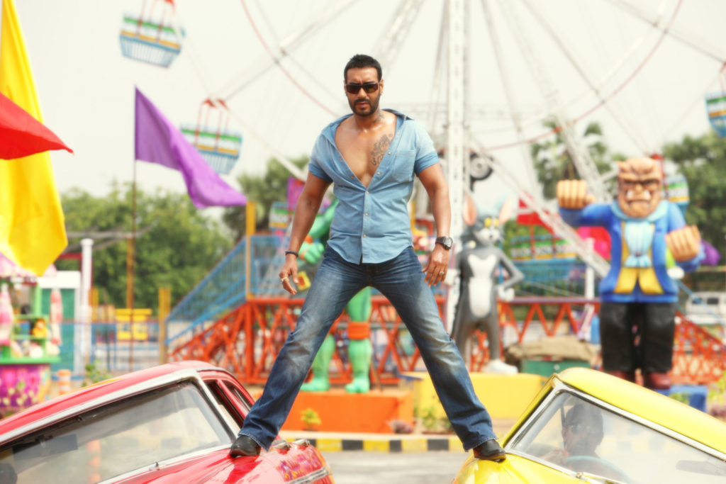 Riteish Deshmukh Fails Brutally As He Tries To Troll The Mighty Singham Ajay Devgn2