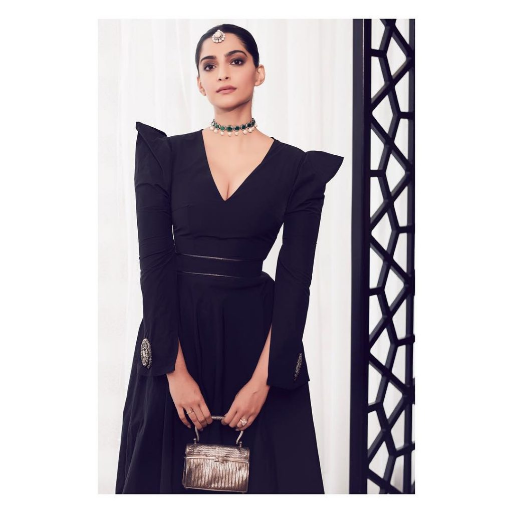 Sonam Kapoor Looks Incredibly Gorgeous In A Marmar Halim Gown In Doha (2)