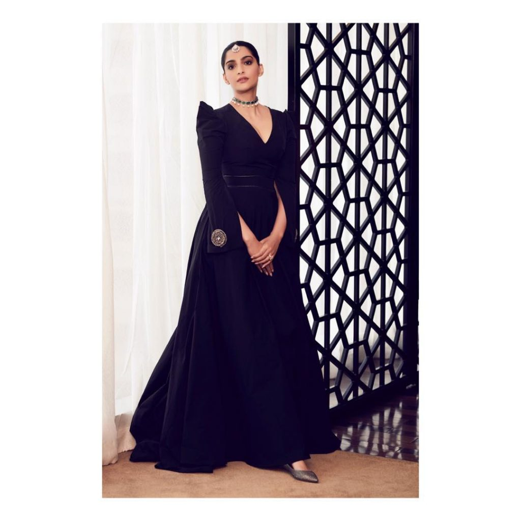 Sonam Kapoor Looks Incredibly Gorgeous In A Marmar Halim Gown In Doha (4)